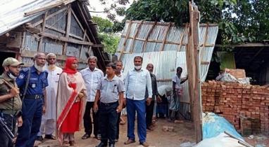 পিরোজপুরের ইন্দুরকানীতে উচ্ছেদ অভিযান চালিয়ে সরকারি জমি উদ্ধার