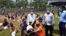 ঢাকা জেলা প্রশাসক প্রধানমন্ত্রীর উপহার দিলেন ৩০০ পরিবারকে
