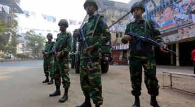 চট্টগ্রামে কঠোর বিধিনিষেধ বাস্তবায়নে মাঠে কাজ করছে সেনাবাহিনী