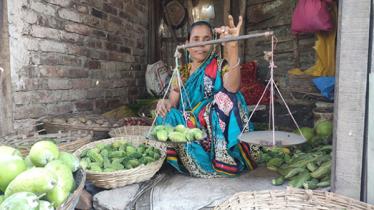 ময়মনসিংহের 'বউ বাজার', ১৩০ টি দোকানের মালিক নারীরাই
